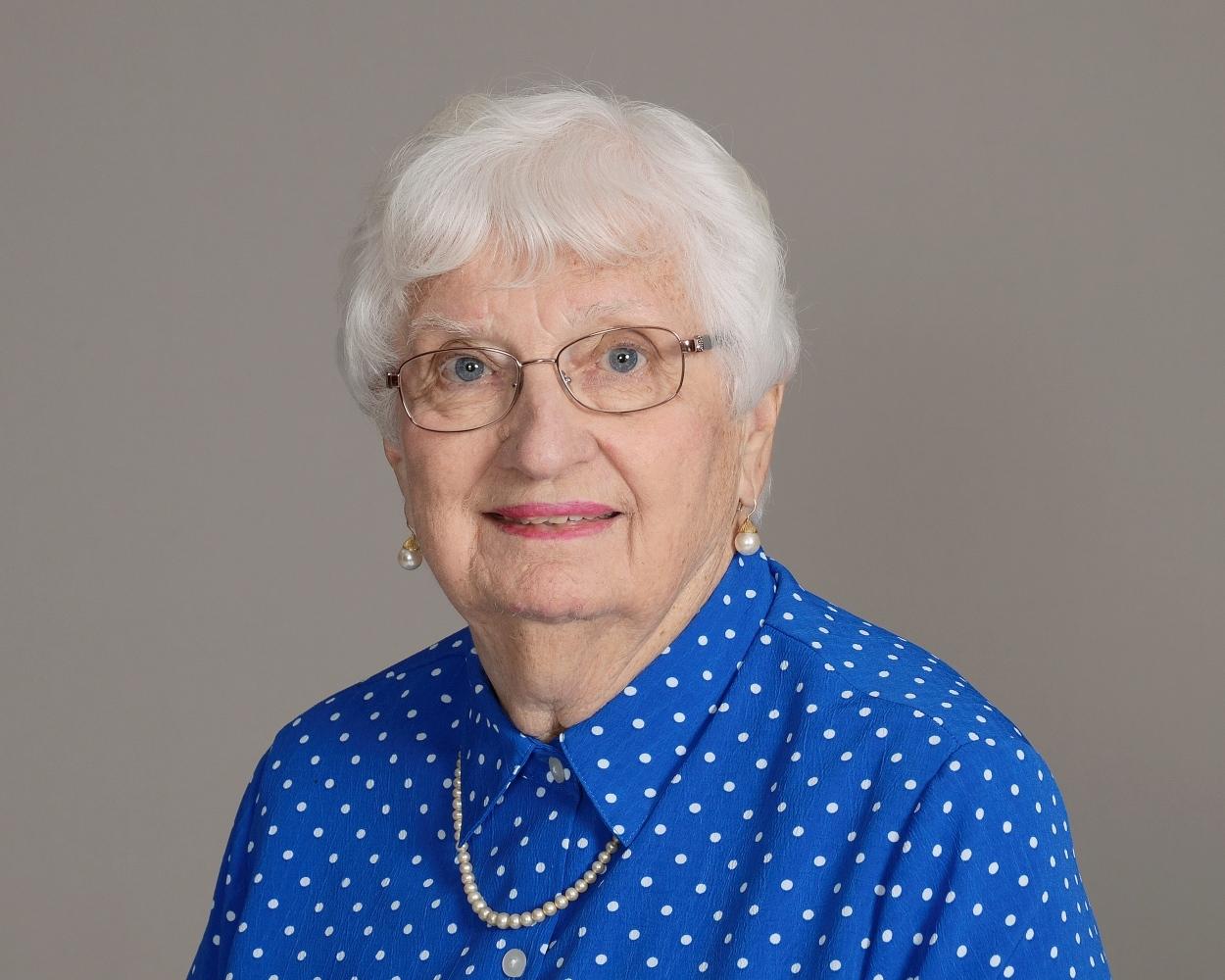 Maureen Fernandes